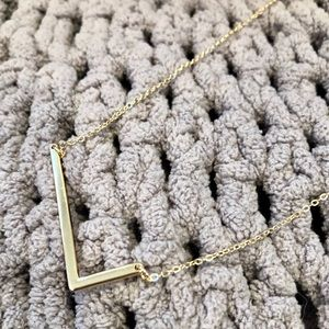 Jewelry - NWOT L Monogram Letter Necklace Gold